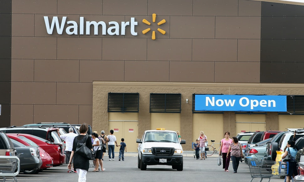 walmart black friday 2013 sale means christmas comes even earlier for shoppers - Walmart After Christmas Sales