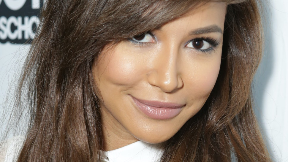 Naya Rivera Apologizes for Showering Comments: Watch - E