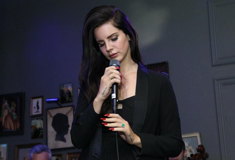 Lana Del Rey S I Can Fly Lyrics Are Lana Del Lite Listen