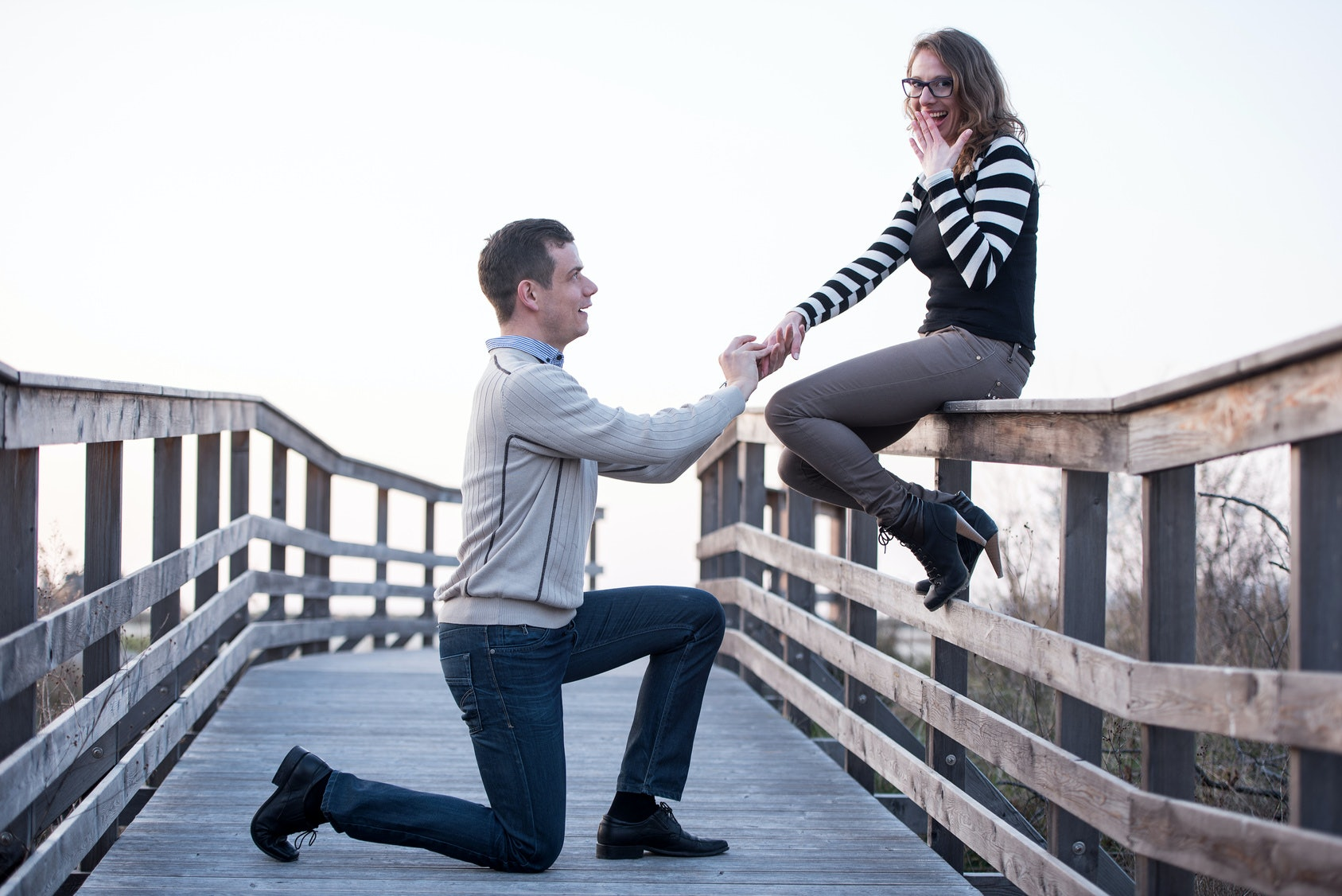 Why Do Guys Kneel To Propose The History Of The Modern Western Proposal