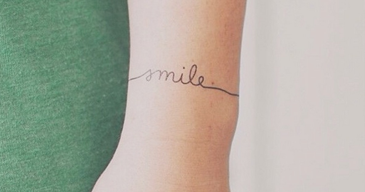 9aa9d5b73dc9d 17 Stunning Minimalist Wrist Tattoos That Will Give You Ink Envy — PHOTOS