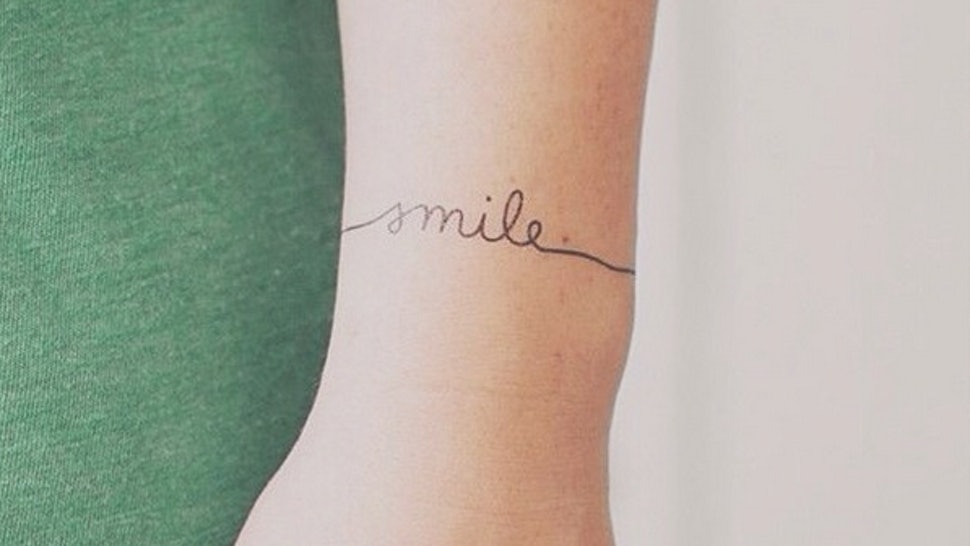 17 Stunning Minimalist Wrist Tattoos That Will Give You Ink Envy