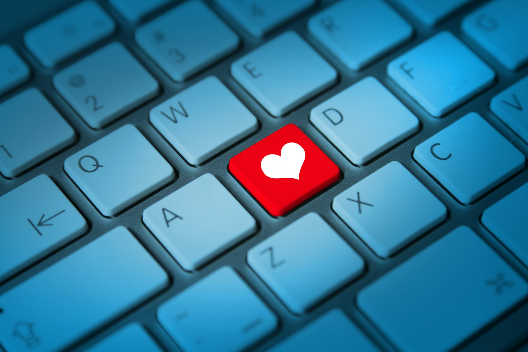 Aaroncarterfan online dating profile