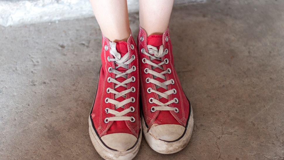 b09116d2d75c You ve Been Tying Your Shoelaces Wrong Your Entire Life