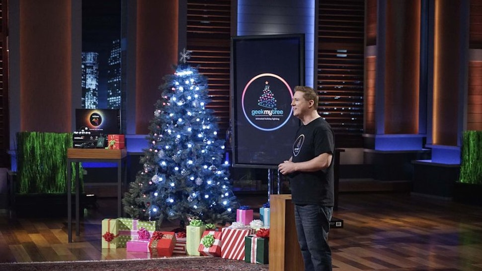 Where To Buy GeekMyTree From 'Shark Tank' So You Can Take Your Christmas  Lights To The Next Level - Where To Buy GeekMyTree From 'Shark Tank' So You Can Take Your