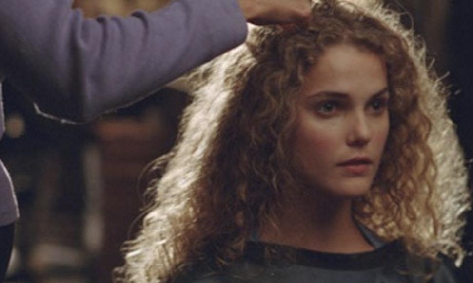Keri russell discusses felicitys infamous haircut that got the keri russell discusses felicitys infamous haircut that got the fandom all riled up video solutioingenieria Gallery