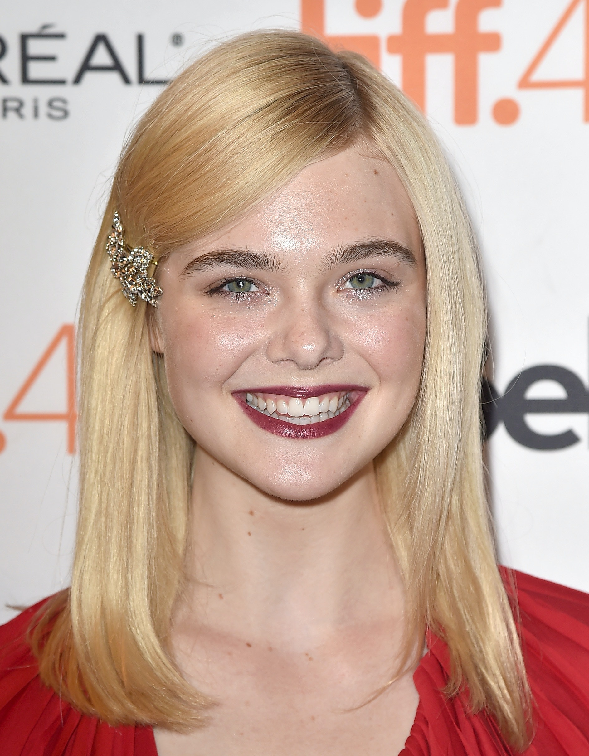 This Lazy Girl Hair Hack From Elle Fanning Will Change Your Life Photo