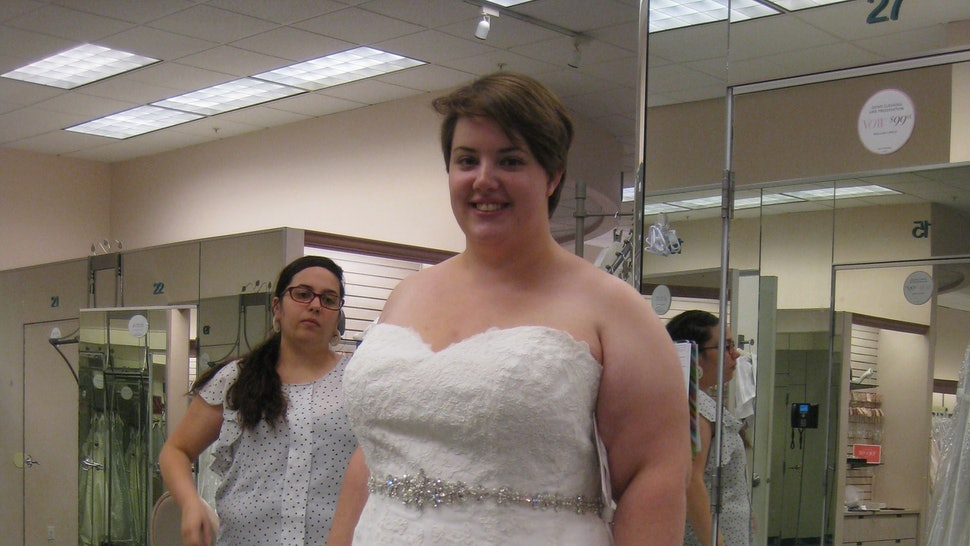 9 Things Shopping For A Plus Size Wedding Dress Taught Me