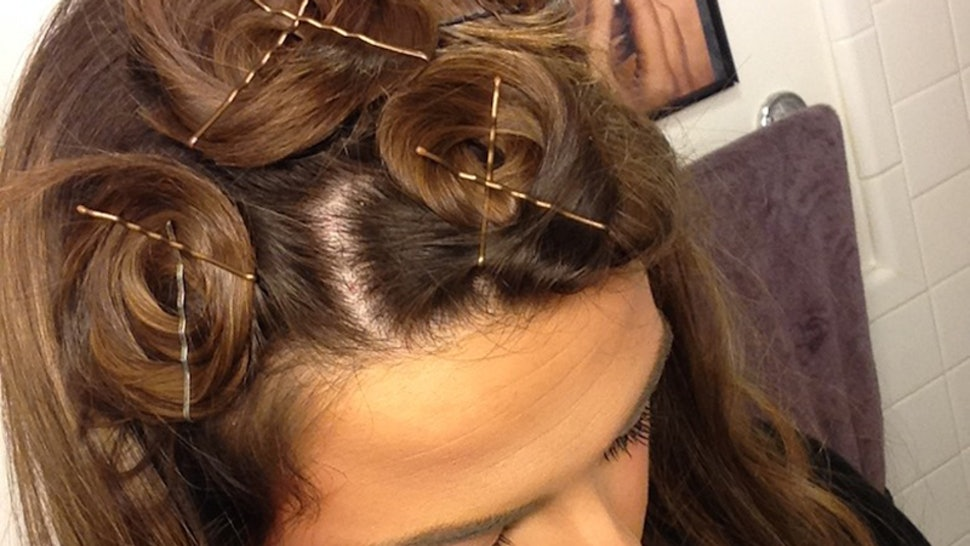 How To Curl Straight Hair Overnight Without Using Any Damaging Heat