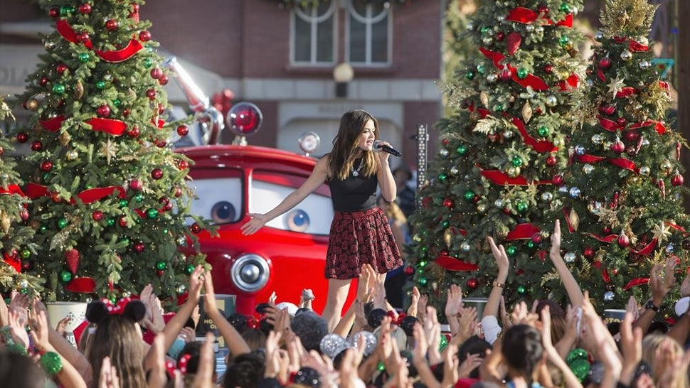 Disney Christmas Parade.When Is The Disney Christmas Parade On After All It S What
