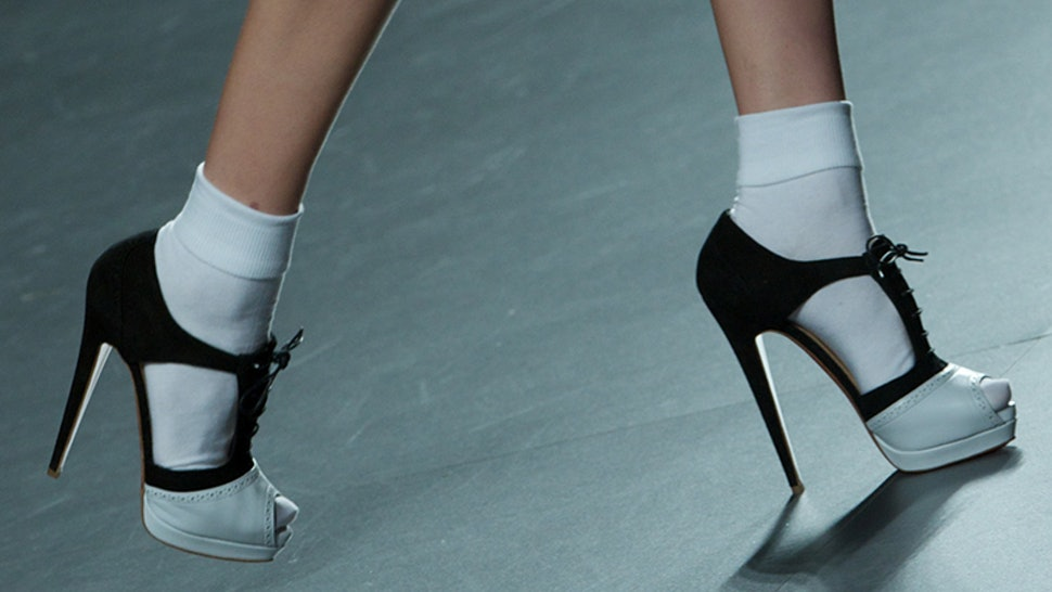 9612369d9623 6 Socks With Heels Photos That Prove It s A Totally Acceptable Footwear  Trend