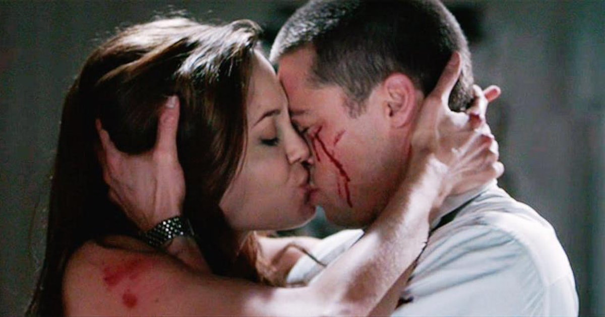 5 'Mr. & Mrs. Smith' Moments That Prove Brad Pitt & Angelina Jolie Fell In  Love While Filming