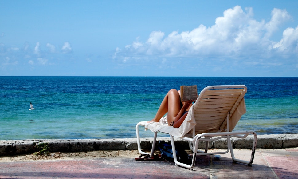 8 summer books to read to make a beach vacation even more relaxing