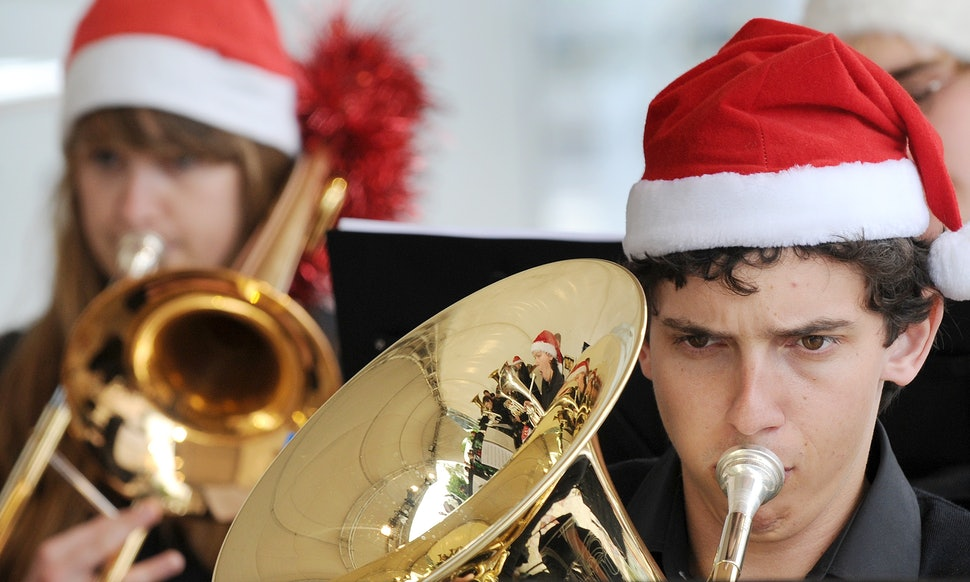 The 11 Weirdest Lyrics from Classic Christmas Songs That\'ll Hit You ...