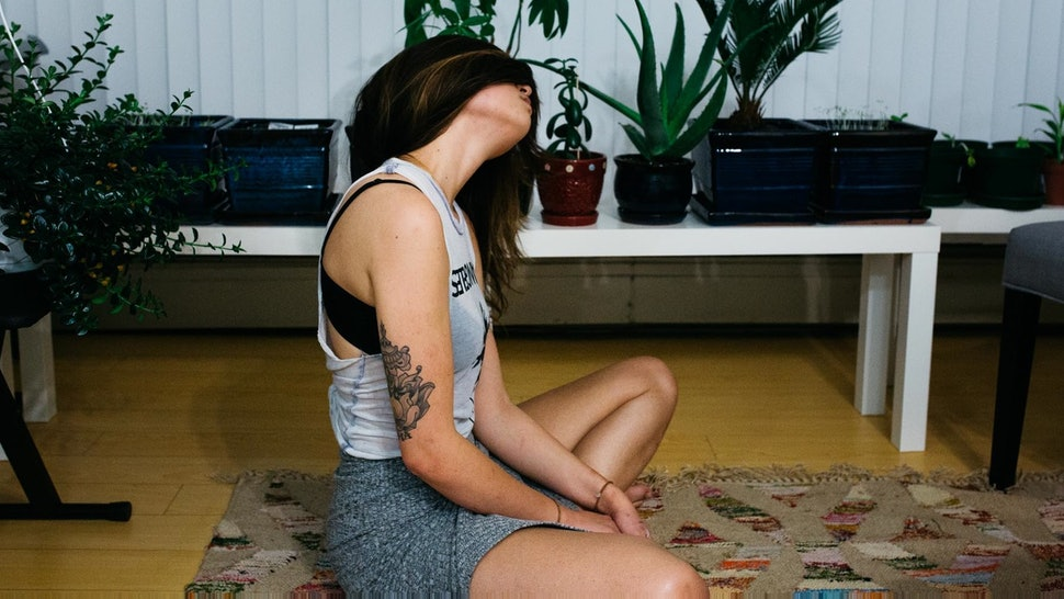 800cde27d7f8b Trying Yoga For The First Time? 8 Things To Know First