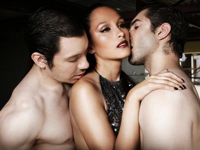 Gay Threesome Partners
