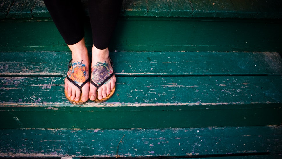 c0b35e4f2 5 Things Women Who Love Flip Flops Are Sick Of Hearing Because We Don t Mind  Getting Our Feet A Little Dirty