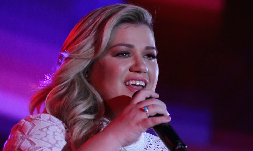 A Definitive Kelly Clarkson Cover Ranking, From Least Favorite To ...