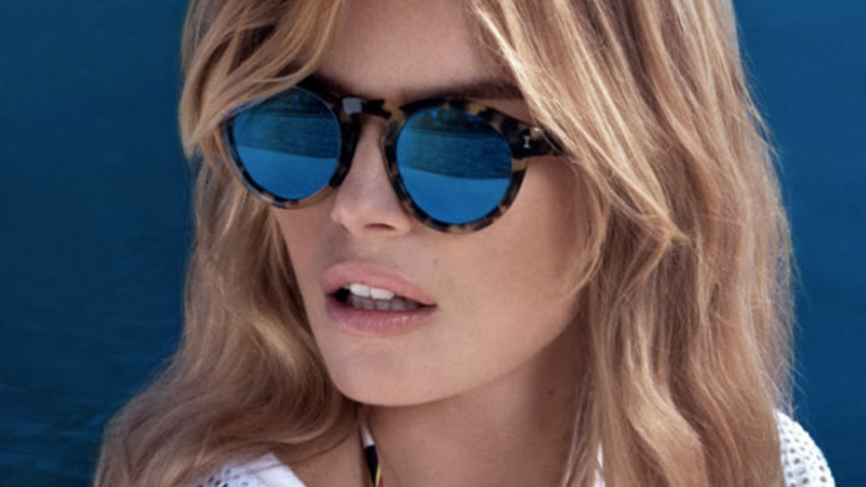 7e00f9be0a2 17 Best Sunglasses For The Beach To Shield Your Eyes From The Summer Sun —  PHOTOS