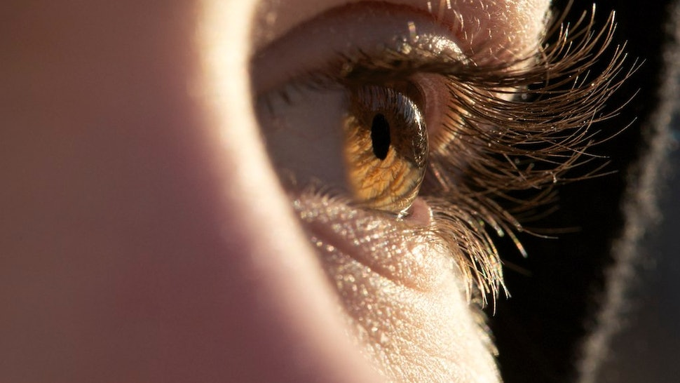 How To Get Longer Eyelashes Naturally Without Putting Extensions Or