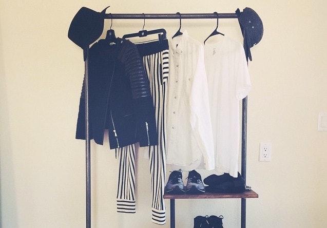 How To Organize An Apartment Without A Closet U0026 Stick To Your Budget U2014  PHOTOS