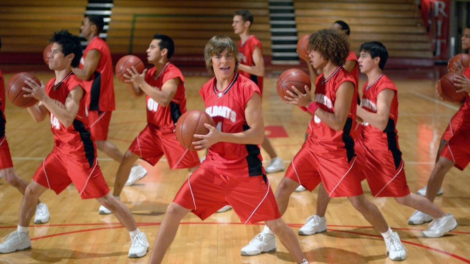 Why Won t Zac Efron Be In The  High School Musical  Reunion  He s Got His  Head In The Game 1e660a492