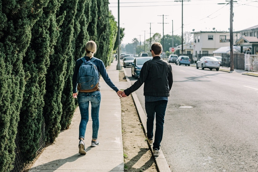 Hookup etiquette after the first date