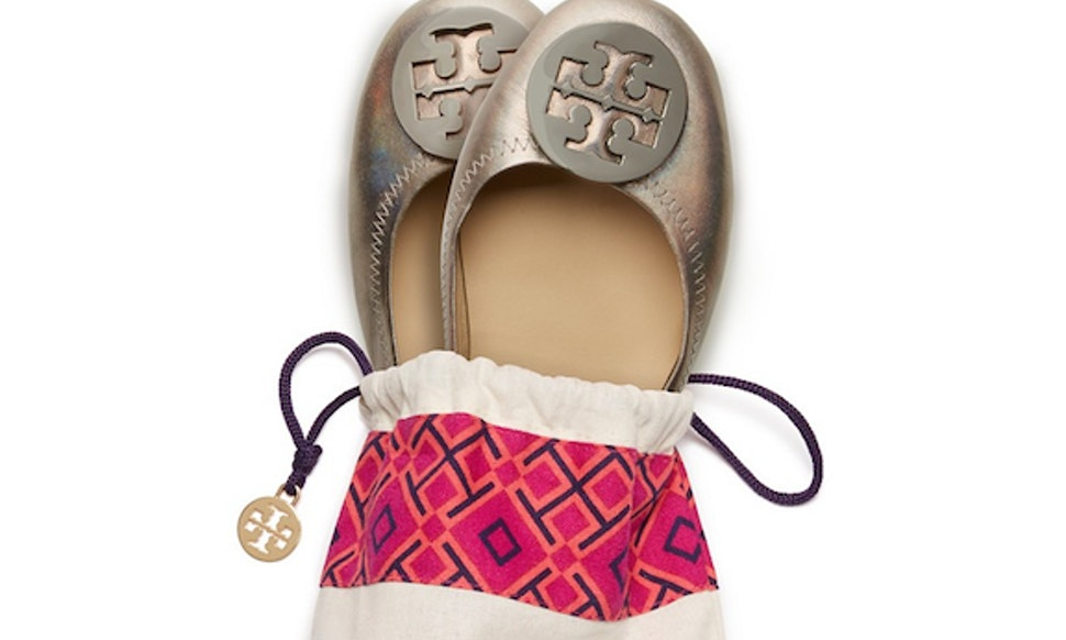 Tory Burch Debuts Foldable Travel Flats, Making Your Commute Easier & More  Stylish