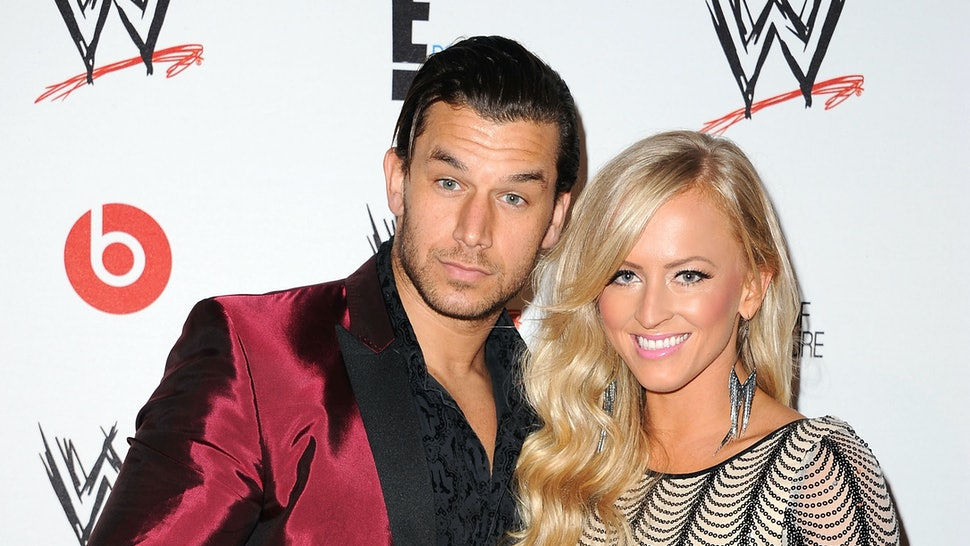 WWE Divas dating 2014