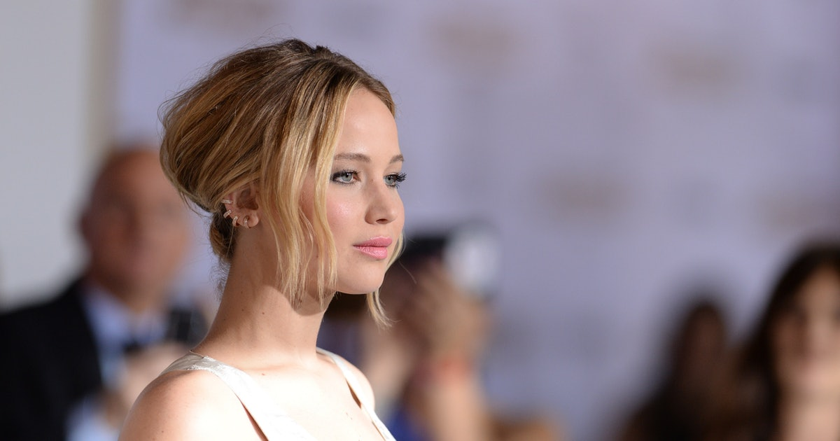 Jennifer Lawrence nude photos: Reddit CLOSES the message