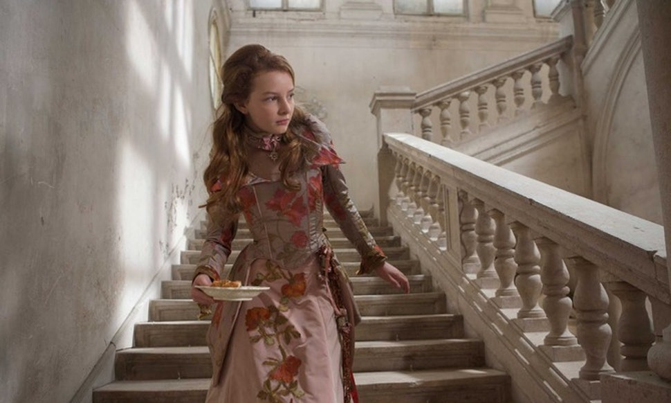 11 Fantasy Dresses From Movies To Inspire Your Everyday Wardrobe ...