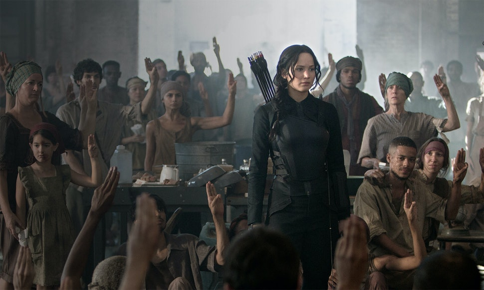 What Do All The Districts Do In The Hunger Games A Breakdown Of Panems 13 Different Parts