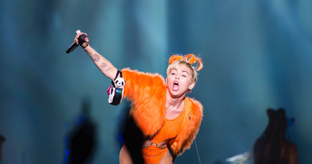9 Times Miley Cyrus Dressed Like a Resident of 'Sesame Street'