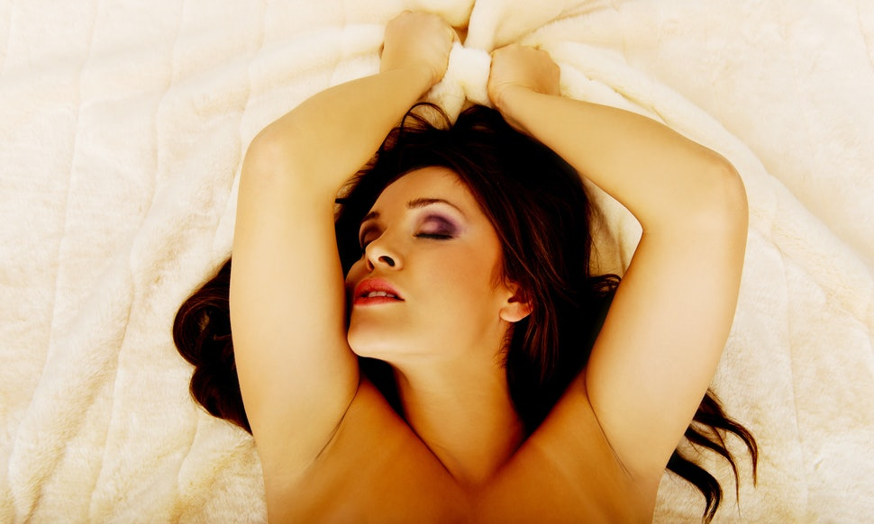 11 Scientifically Proven Ways To Make Your Orgasms -8042