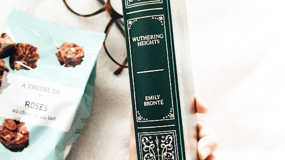 8 Things You Didn't Notice About 'Wuthering Heights' The