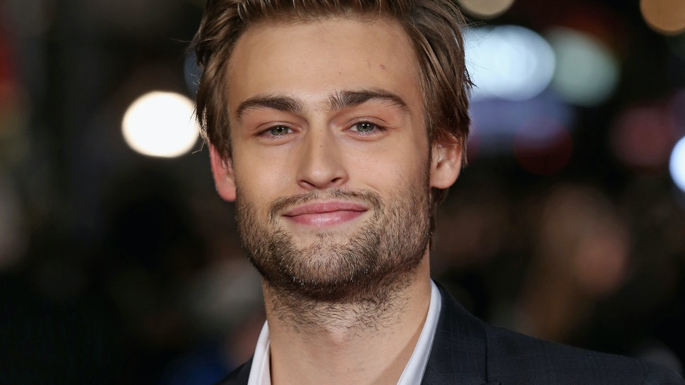 Is Douglas Booth Single? The 'Pride And Prejudice And ...
