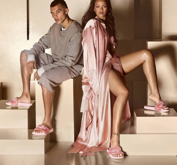 online retailer 4bce6 3daeb Are Rihanna's FENTY for PUMA Fur Slides Pink Or Nude? The ...
