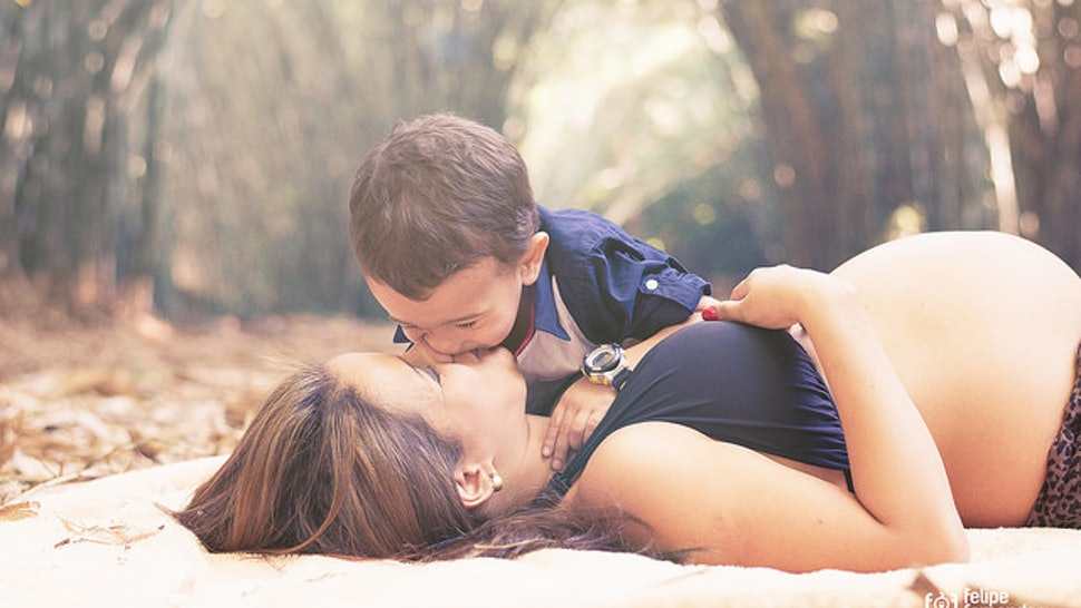 Irregular Periods & Pregnancy — A Bad Combination, Or No