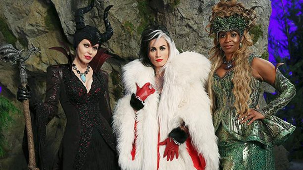 Disney S Queens Of Darkness Are Coming To Once Upon A Time