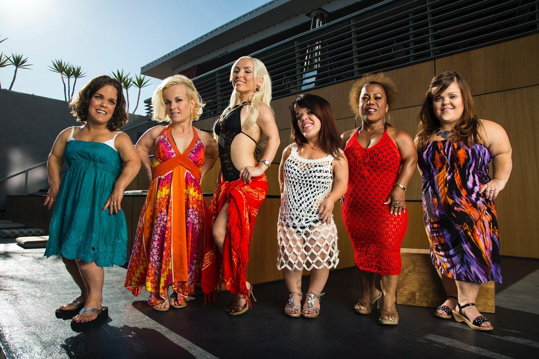 Meet midget women