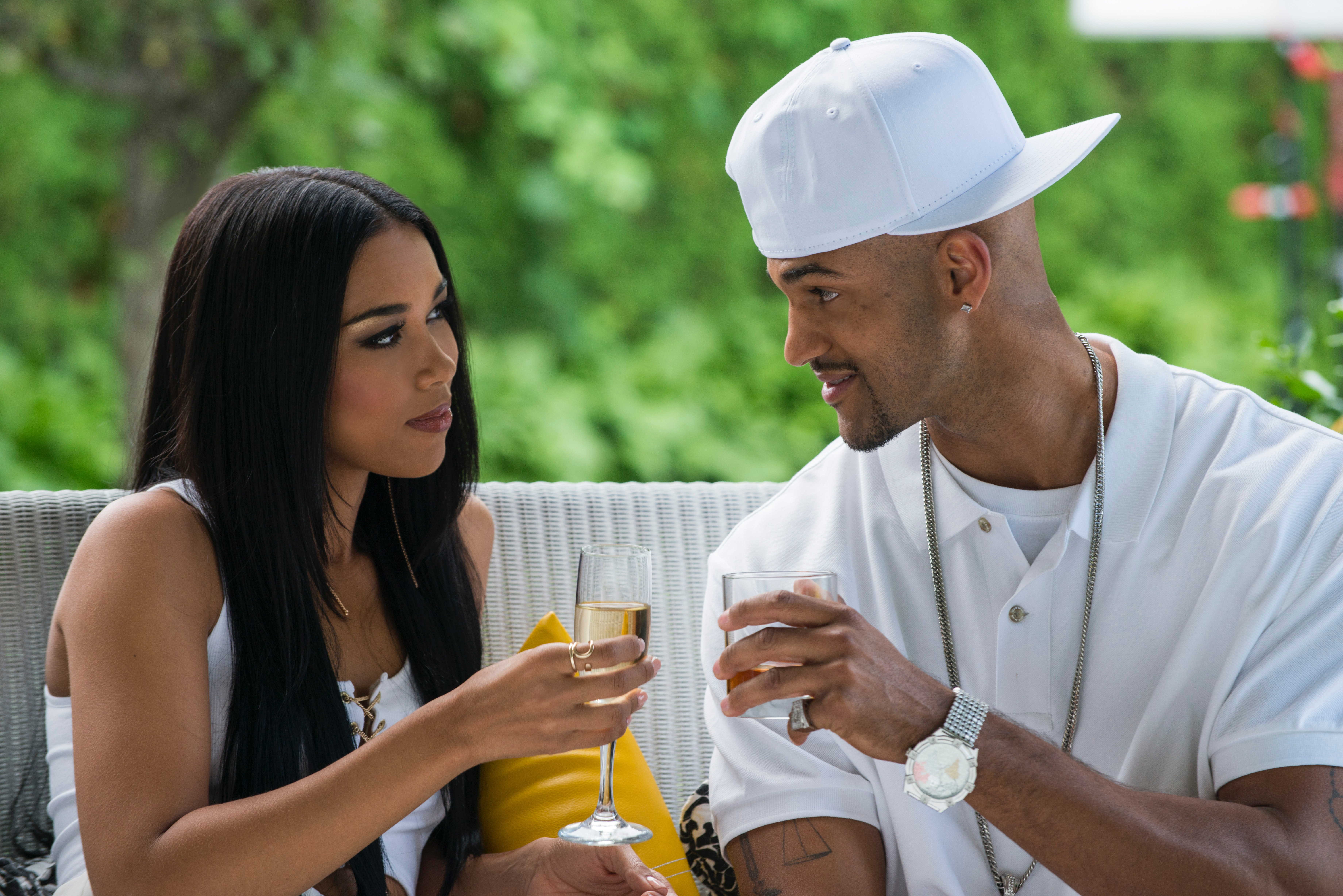 who was aaliyah dating