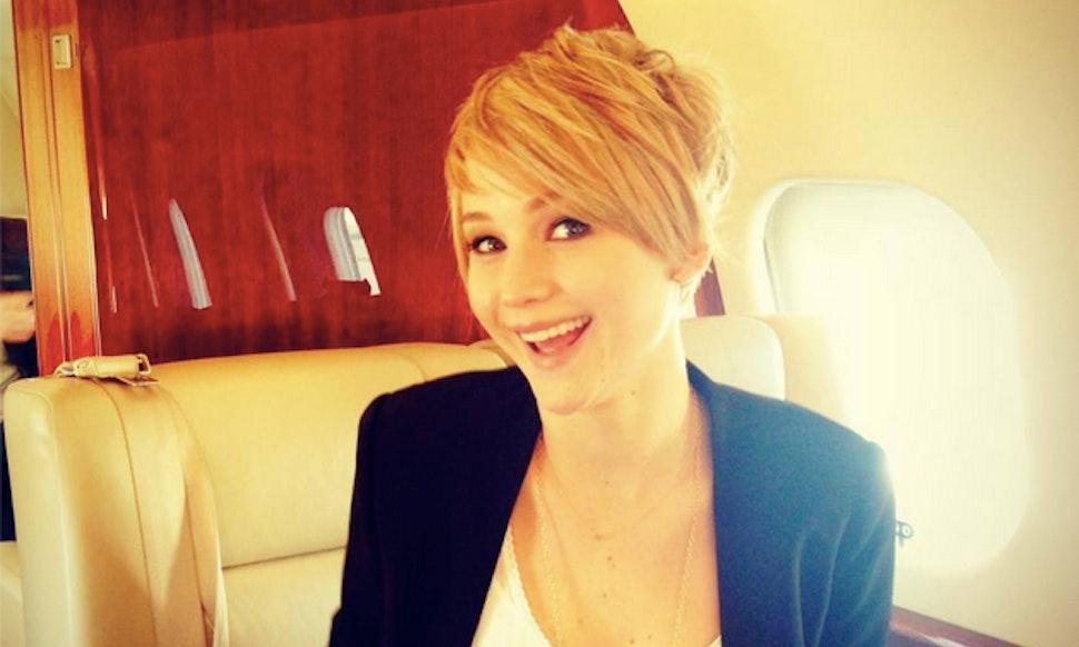 Jennifer Lawrence Copies Jennifer Anistons Haircut Something
