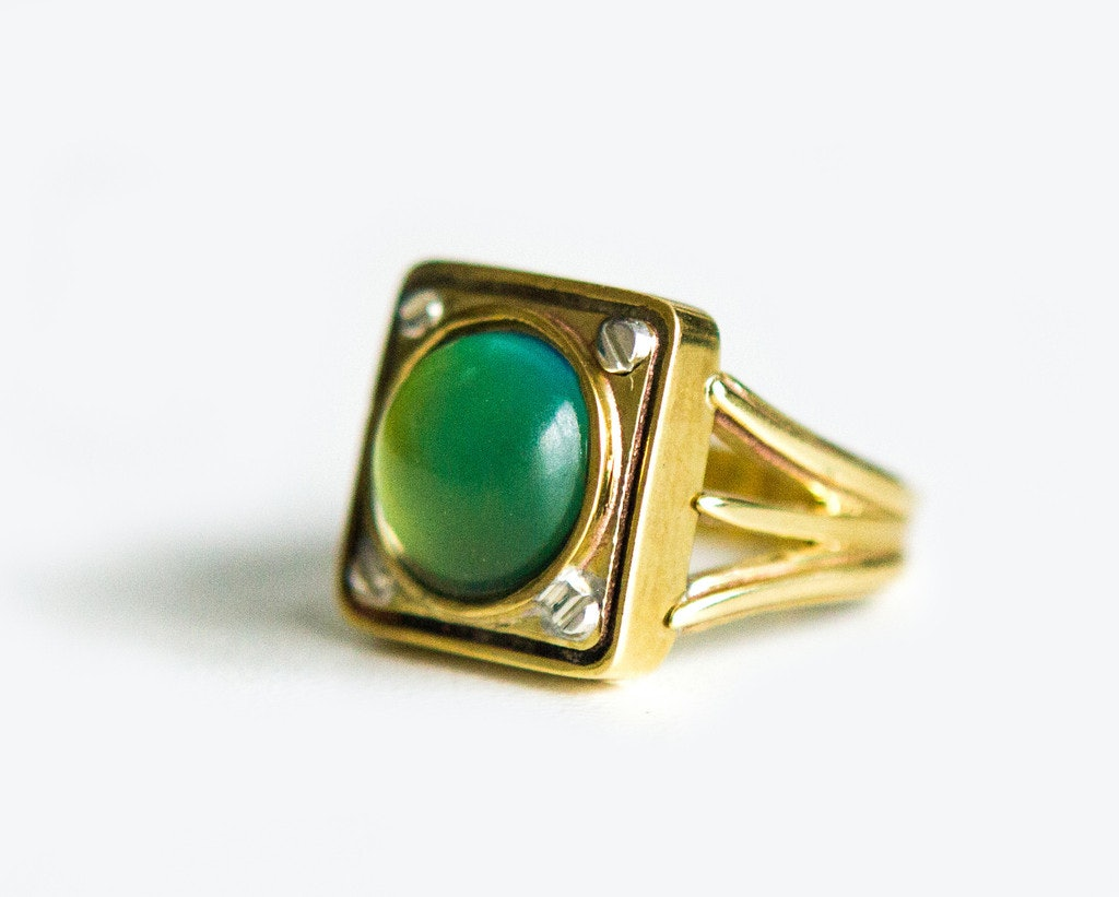 Mood rings are back and so much better than your vending machine mood rings are back and so much better than your vending machine version from 1996 nvjuhfo Images