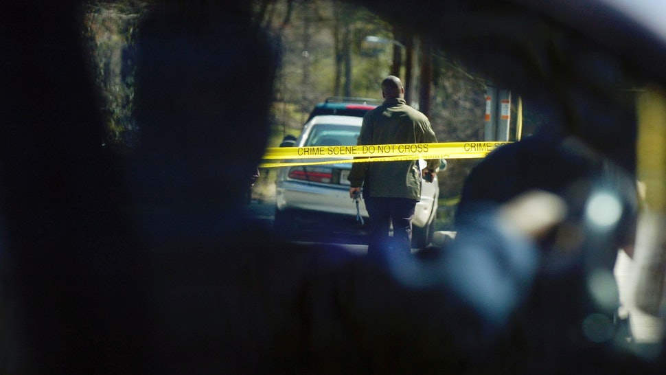 Black officer shoots and kills white unarmed man