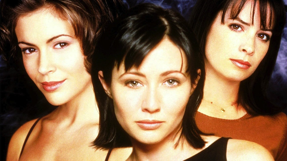 10 Things From The 'Charmed' Pilot You Never Noticed Because Alyssa