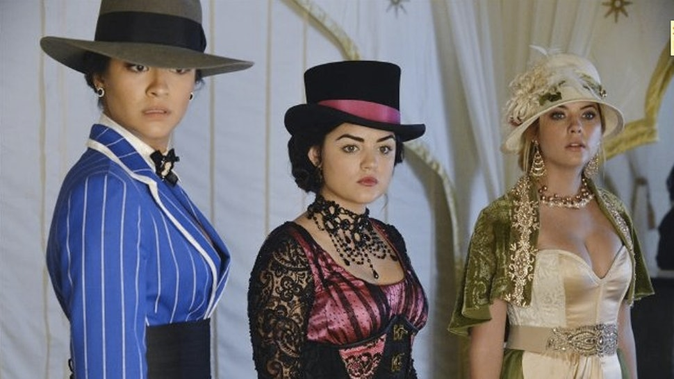 Ranking The 'Pretty Little Liars' Halloween Episode Costumes