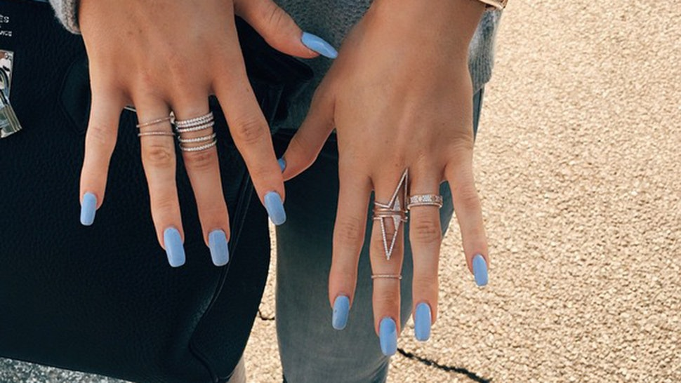 d69b9b3517ac 9 Kylie Jenner Rings Photos That ll Give You Serious Stacking Envy