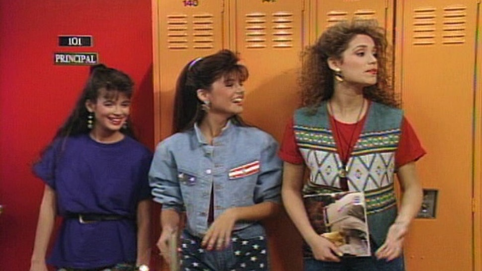 3b7e9eeb9d9d 11 Things You Wore Back To School In The '90s That Are Still Hella Dope