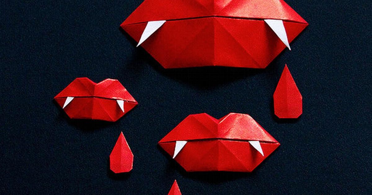 Губы оригами открытка