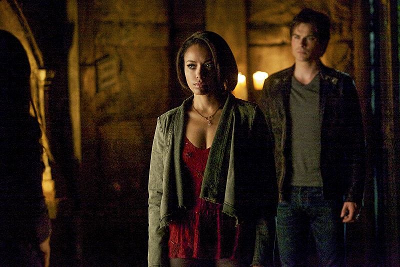 When does elena and damon start hookup